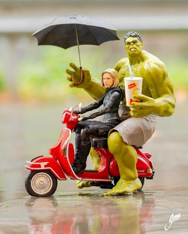 Чим займаються супергерої, коли не рятують світ: епічні фото - фото 299558