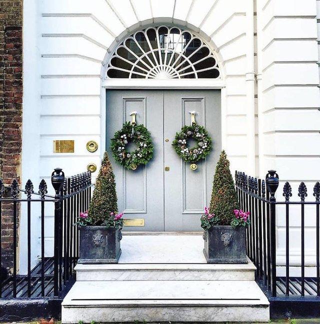 Фотограф показала найкрасивіші двері Лондона - фото 300066