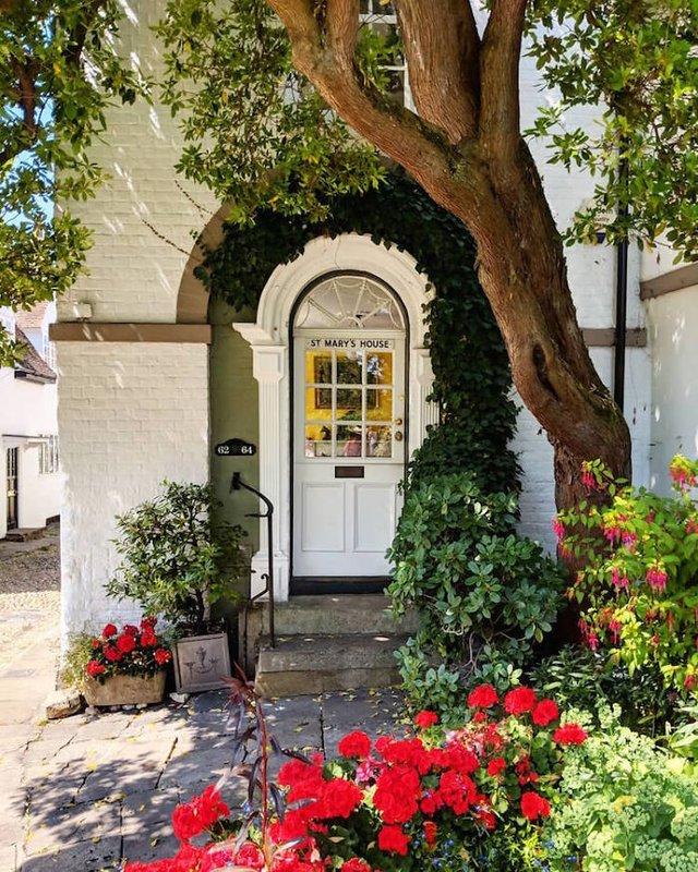 Фотограф показала найкрасивіші двері Лондона - фото 300068