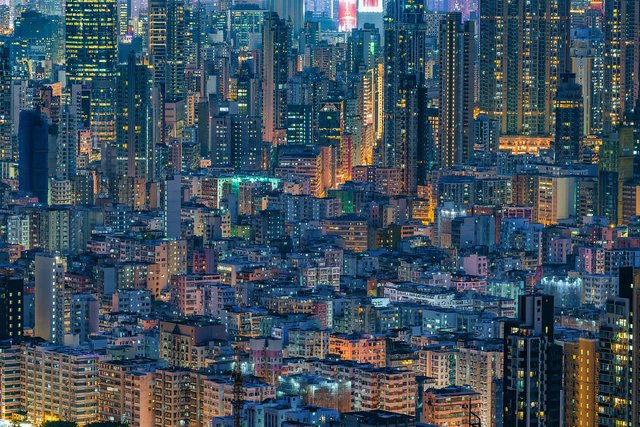 Без вільного простору: справжнє життя у Гонконзі у фото - фото 300088