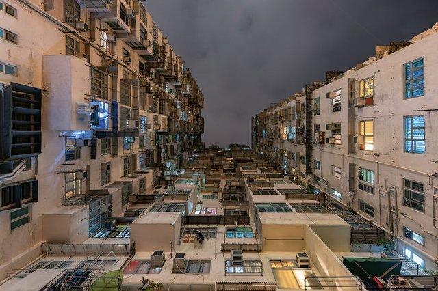 Без вільного простору: справжнє життя у Гонконзі у фото - фото 300091