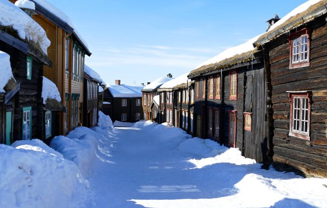 Всі споруди в місті збереглися в своєму незмінному вигляді  - фото 300132