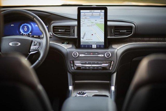 Новий Ford Explorer - фото 300405