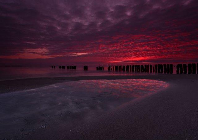 Фотограф показав таємничу красу Балтійського моря у Польщі - фото 302316