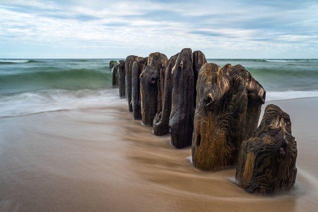Фотограф показав таємничу красу Балтійського моря у Польщі - фото 302317