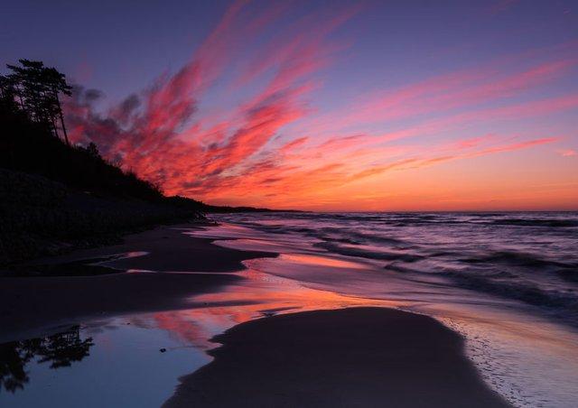 Фотограф показав таємничу красу Балтійського моря у Польщі - фото 302319