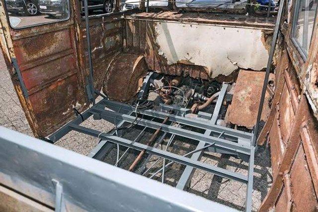 У Німеччині знайшли рідкісний VW Transporter 50-х років - фото 303201