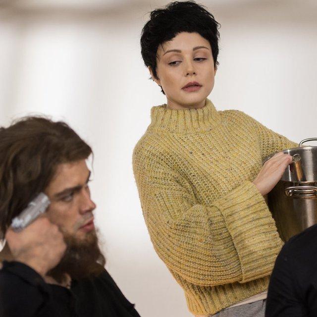 Кароль у фільмі Колишні - фото 303613