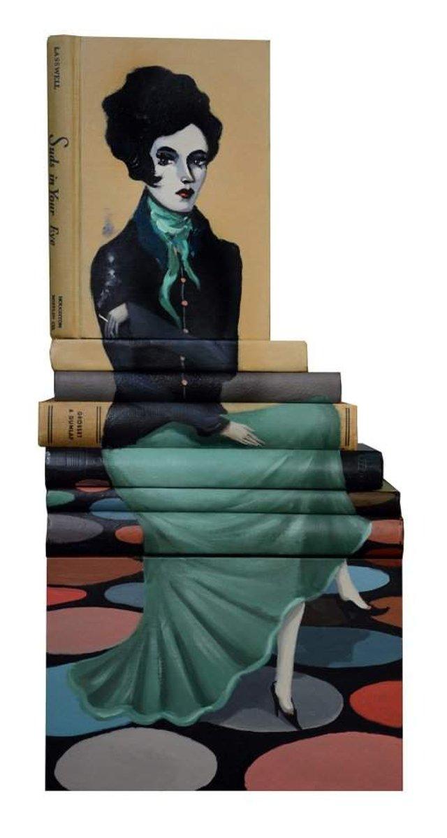 Старі книги перетворили на оригінальні скульптури: крута ідея - фото 303991