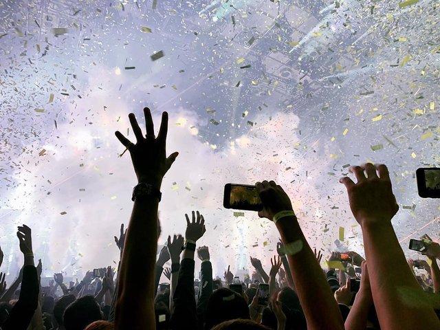 Уперше в Україні: як пройшов шалений концерт Twenty One Pilots у Києві - фото 304810