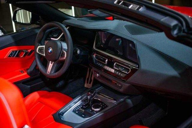 В Україні помічений розкішний спорткар BMW - фото 305540