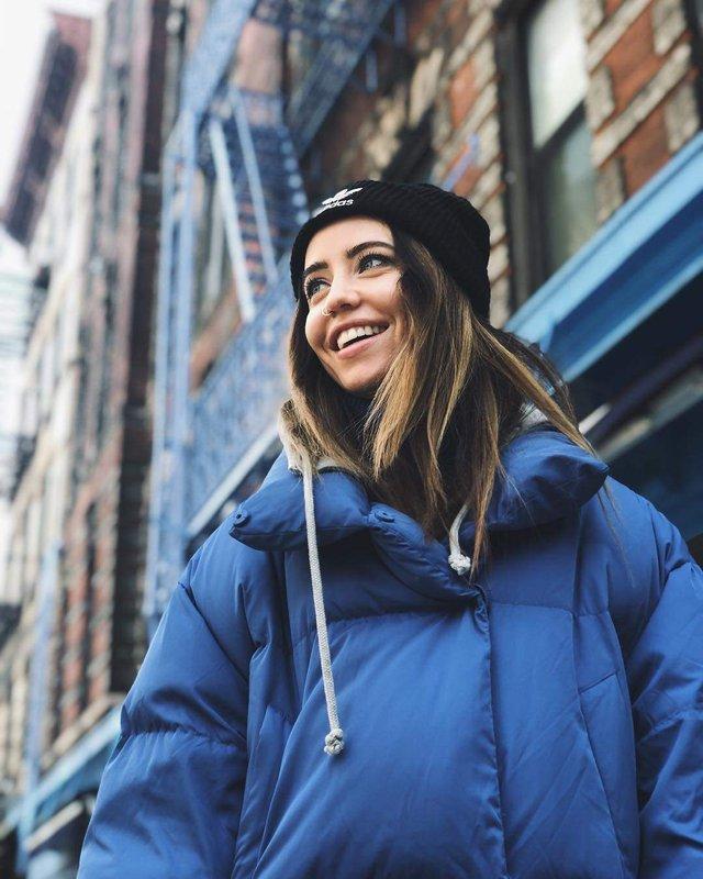 Надя Дорофєєва підкорила Нью-Йорк сміливим образом - фото 306107