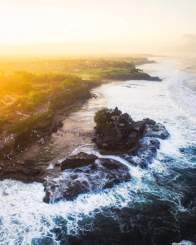 Подорожі Майкла Метті з висоти пташиного польоту: яскраві фото - фото 306443