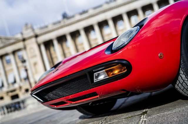 Lamborghini відновила купе Miura президента FIA - фото 306488