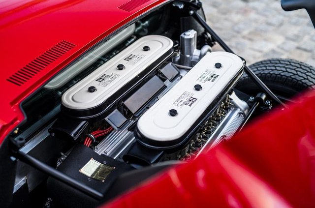 Lamborghini відновила купе Miura президента FIA - фото 306493