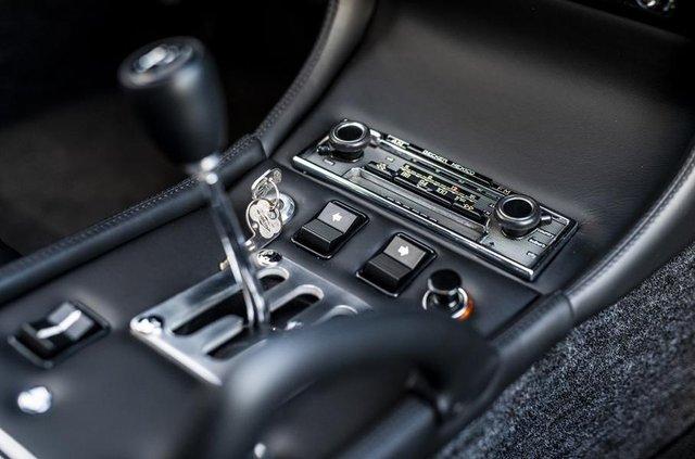 Lamborghini відновила купе Miura президента FIA - фото 306497