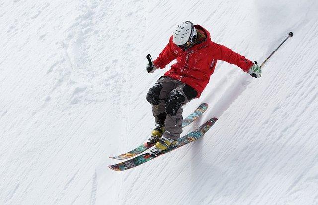 Катання на лижах - ідеальний спосіб провести 14 лютого - фото 306903