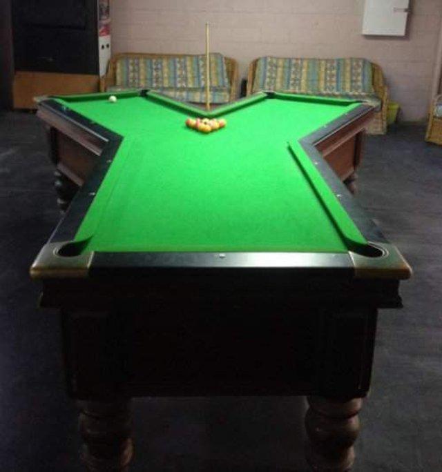 Найбільш незвичайні столи для більярду: зіграли би? - фото 306999