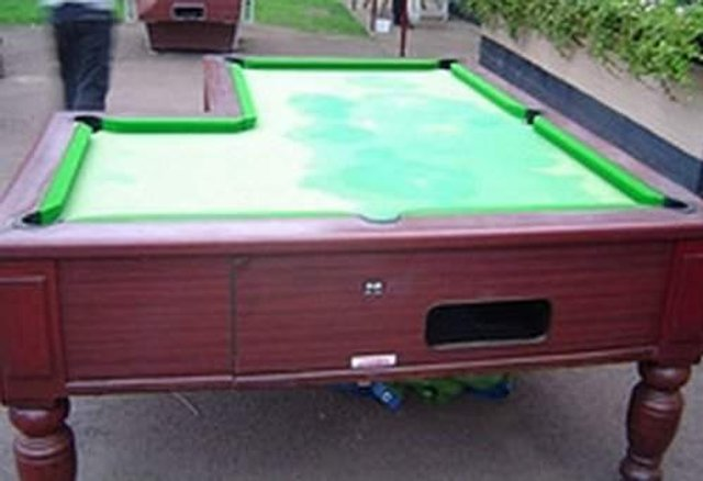 Найбільш незвичайні столи для більярду: зіграли би? - фото 307004