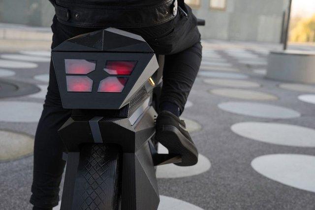 У Німеччині на 3D-принтері надрукували електромотоцикл - фото 307010