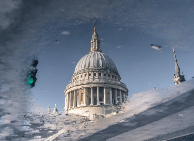 Міські пейзажі Лондона, які заворожують: фото Натана Хендса - фото 307068