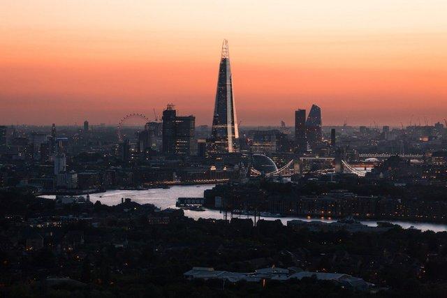 Міські пейзажі Лондона, які заворожують: фото Натана Хендса - фото 307069