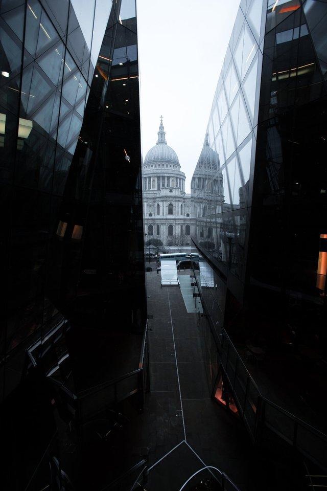 Міські пейзажі Лондона, які заворожують: фото Натана Хендса - фото 307072