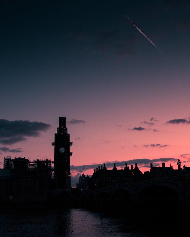 Міські пейзажі Лондона, які заворожують: фото Натана Хендса - фото 307076
