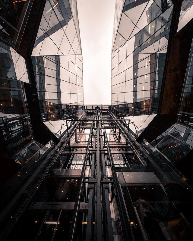 Міські пейзажі Лондона, які заворожують: фото Натана Хендса - фото 307079