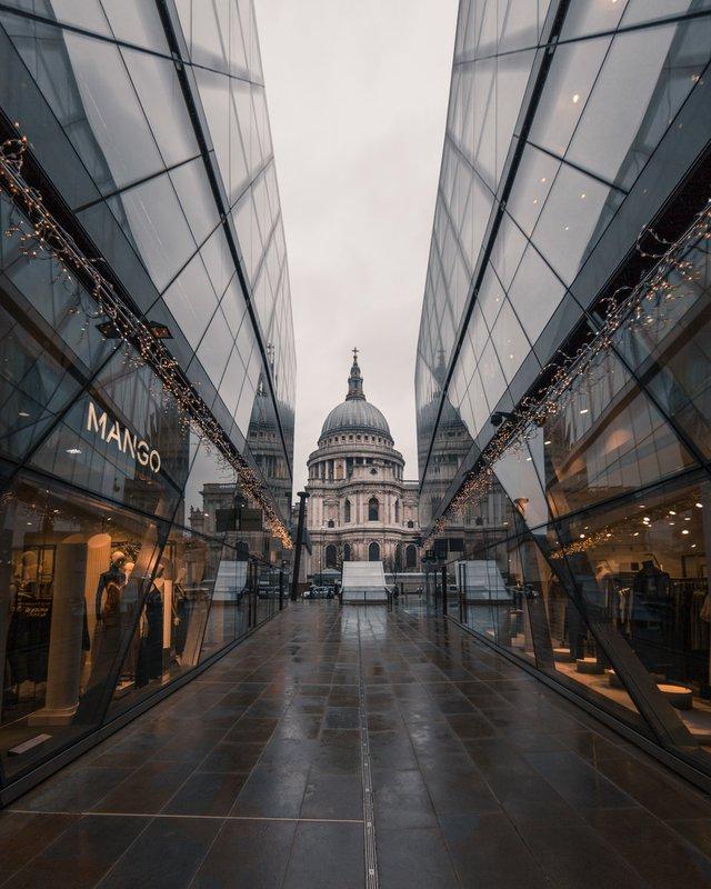 Міські пейзажі Лондона, які заворожують: фото Натана Хендса - фото 307083
