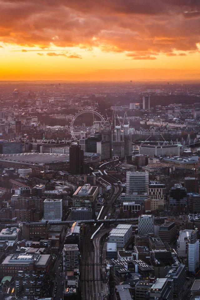 Міські пейзажі Лондона, які заворожують: фото Натана Хендса - фото 307086