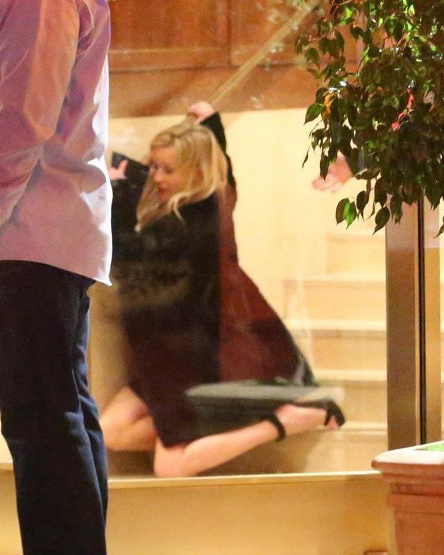 Відома американська акторка впала зі сходів, перебравши алкоголю: фотофакт - фото 307091