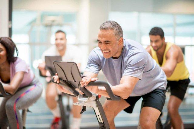 Спорт буде підтримувати ваші м'язи в тонусі - фото 307822
