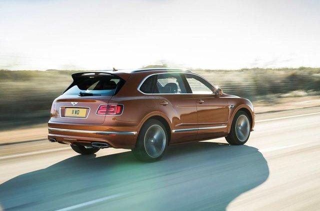 Bentley Bentayga став найшвидшим позашляховиком у світі - фото 307846