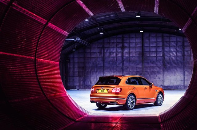 Bentley Bentayga став найшвидшим позашляховиком у світі - фото 307849
