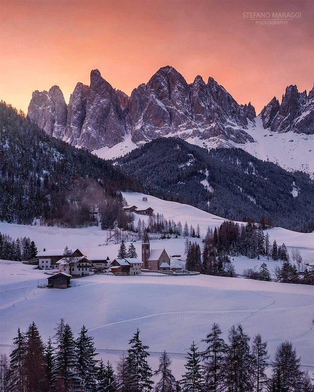 Відпочинок для душі: як виглядають взимку Доломітові Альпи - фото 307909
