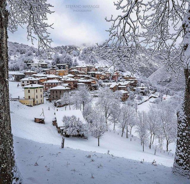 Відпочинок для душі: як виглядають взимку Доломітові Альпи - фото 307924