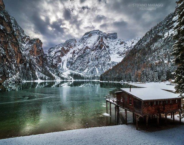 Відпочинок для душі: як виглядають взимку Доломітові Альпи - фото 307926