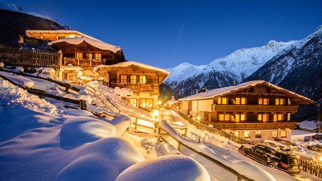 В Австрії є гірськолижні курорти, що приймають туристів навіть влітку  - фото 308143