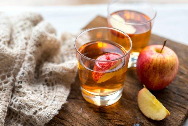 Чому корисно щодня їсти яблука - фото 308261
