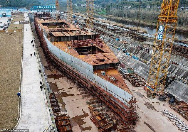У мережі з'явилися перші знімки китайської копії Титаніка - фото 308385
