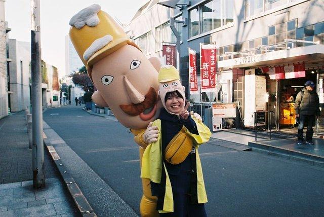 Життя та мода на вулицях Японії: незвичайні фото - фото 308626