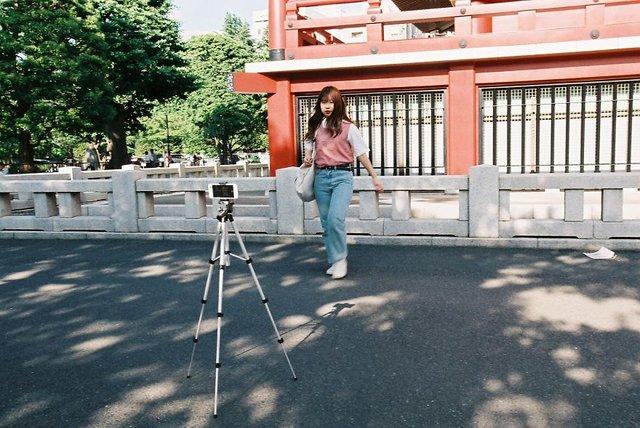 Життя та мода на вулицях Японії: незвичайні фото - фото 308627