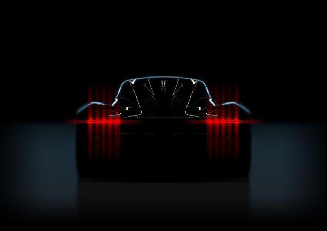 Тизерне фото нового Aston Martin - фото 308891