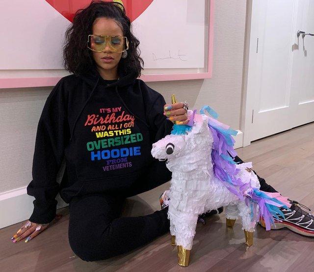 Rihanna відсвяткувала день народження - фото 309253