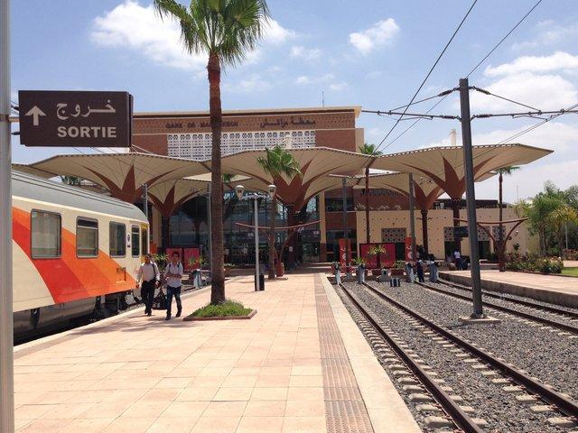 Марокко сполучать з Іспанією залізницею - фото 309410