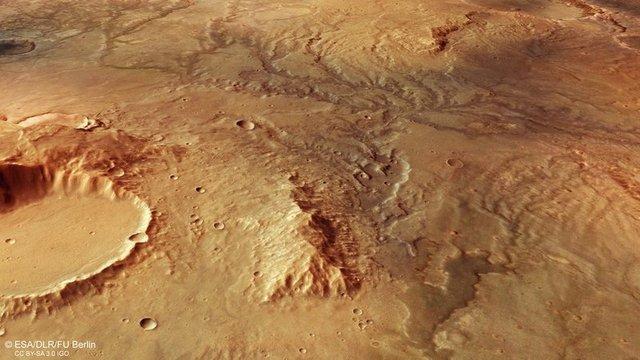 На знімку видно чіткі сліди, які могли залишити мережі річок - фото 309715
