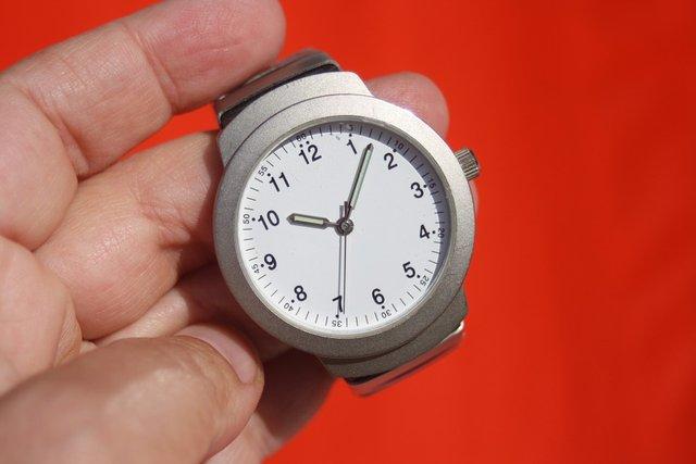 Ось якого числа в Україні треба переводити стрілки годинника - фото 309864