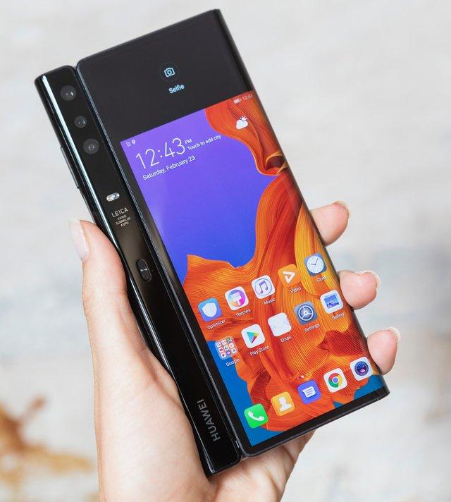 Huawei Mate X – перший гнучкий 5G-смартфон, який порве Galaxy Fold - фото 309878