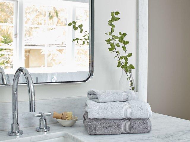Рушники та халати потрібно регулярно прати - фото 309958